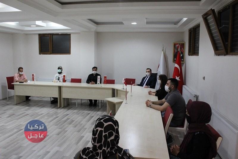 ادارة الهجرة في نوشيهر تجتمع مع لجنة الحكماء السوريين