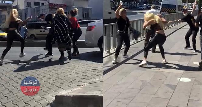 أربعة نساء ينهلن على رجل بالضرب في أسنيورت وكمرة توثق المشهد (فيديو)